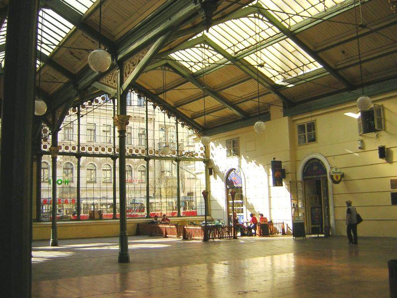 File:Praha Masaryk station.JPG