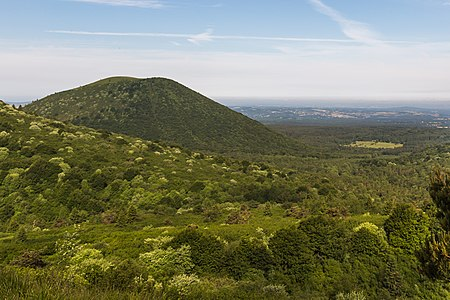 Eastern slope of puy de Côme from the puy Pariou, France.