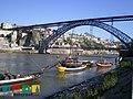 Rabelos con Puente D. Luis I de fondo (5390399674).jpg