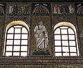 Ravenna, sant'apollinare nuovo, int., santi e profeti, epoca di teodorico 07.JPG