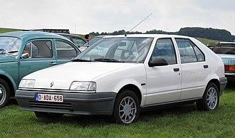 Renault 19 - Image: Renault 19 at Schaffen Diest (2017)