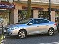 Renault Fluence 2.0 Privilege 2012 (10414422965).jpg