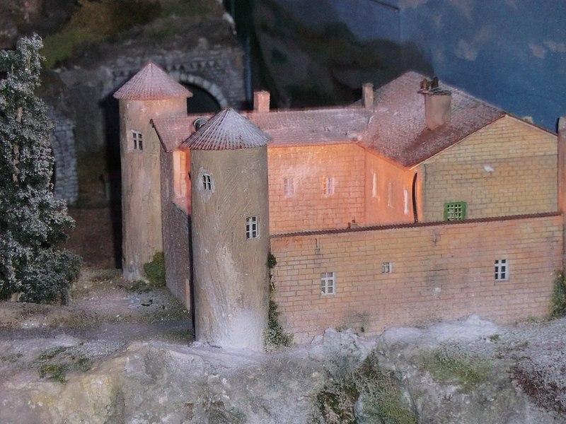 Reproduction du pensionnat du film Les Choristes (musée du train miniature de Châtillon-sur-Chalaronne).