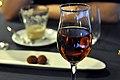 Restaurant Lluçanès Kaffe, petit fours og cognac (4254823806).jpg