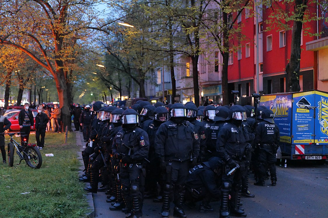 Revolutionary 1st may demonstration Berlin 2021 171.jpg