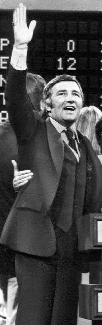 Richard Dawson - Dawson hosting Family Feud in 1976