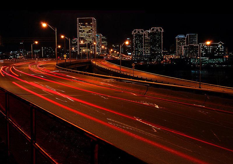 File:RichmondVa-NightSkyline.jpg - Wikipedia