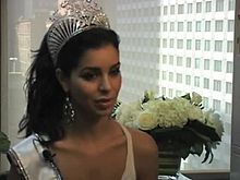 Berkas:Rimah Fakih, The First Muslim Miss USA, is Touted and Criticized by Arab Americans.ogv