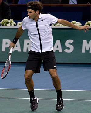 Roger Federer at the 2008 BNP Paribas Masters-Cropped.jpg