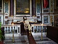 Roma - Chiesa del Sacro Nome di Gesù - Jesus on the cross - panoramio.jpg