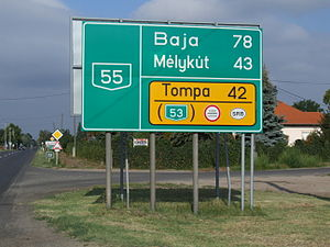 Route 55 in Hungary - distance sign.JPG