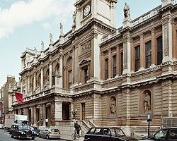 Royal academy of arts 20050523.jpg