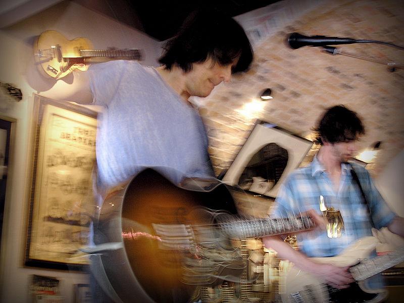 File:Rusty Anderson Rocks! - Guitar Clinic at Redbone Guitar Boutique, 2009-06-27.jpg