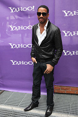 Ryan Leslie at Yahoo Yodel 1.jpg