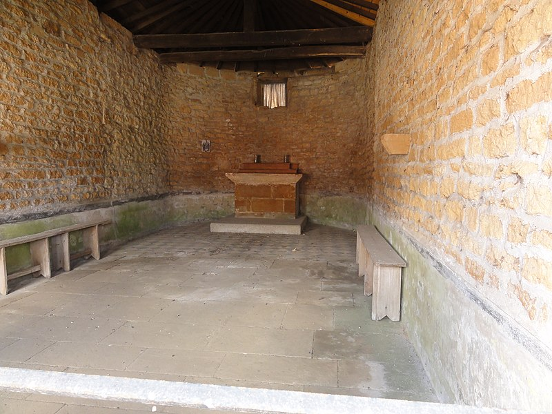 Saint-Laurent-sur-Othain (Meuse) chapelle N.D. de Bon Secours intérieur