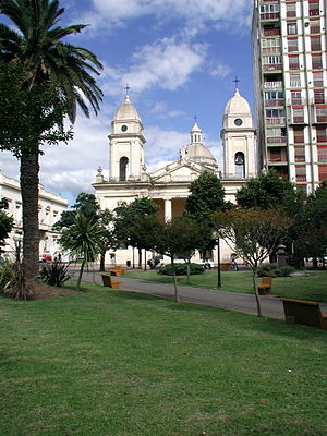 San Nicolás de los Arroyos - Mitre Square and the Cathedral of San Nicolás de Bari