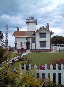 San Pedro lighthouse.jpg