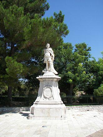 Johann Matthias von der Schulenburg - Johann Matthias Reichsgraf von der Schulenburg: marble statue in Corfu.