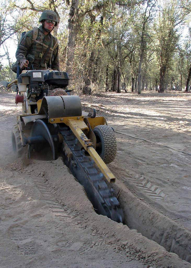 File Seabee Using Trencher Jpg Wikimedia Commons