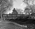 Sheets Heath Bridge, Basingstoke Canal - geograph.org.uk - 517861.jpg