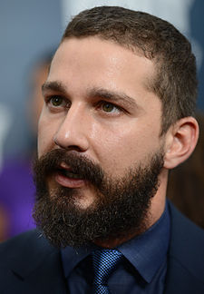 Shia LaBeouf vid premiären av Fury i Washington, D.C., 2014.