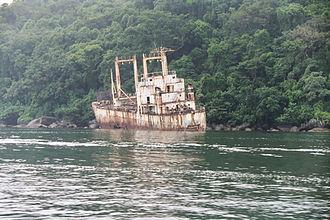 Nosy Mangabe - Shipwreck on the west shore.