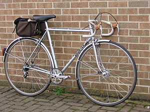 Shorter 1980s bicycle.jpg