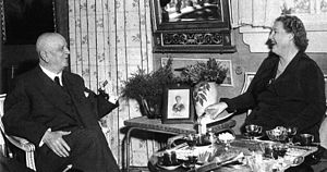 Kirsten Flagstad - Flagstad visited Jean Sibelius at his home in June 1952.