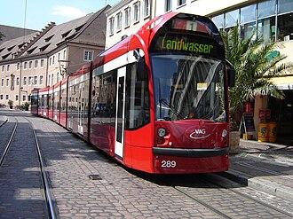 Freiburger Verkehrs AG - Image: Siemens Combino Tramway de Freiburg