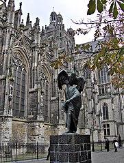Beeld St. Jan de Evangelist
