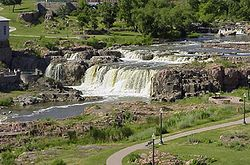 Sioux Falls-waterfall.jpeg