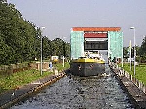 Twentekanaal - The Canal Lock at Eefde