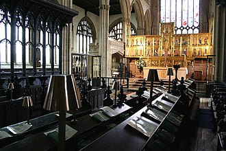 Church of St Mary Magdalene, Newark-on-Trent - The choir stalls and high altar