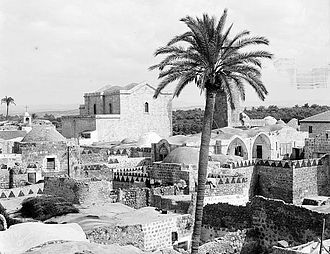 1948 Palestinian exodus from Lydda and Ramle - Lydda in 1920 with St. George's Church in the background