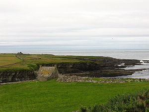 Crosskirk Broch - Image: St Mary's Chapel (Crosskirk) position
