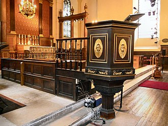 St Paul's, Covent Garden - Image: St Pauls Covent Garden Pulpit