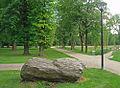 Stadtpark-gt-findling.jpg