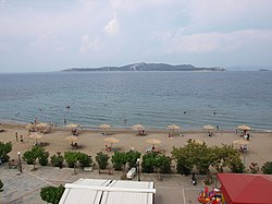 Styra islet opposite Styra village in Euboea, Greece.jpg