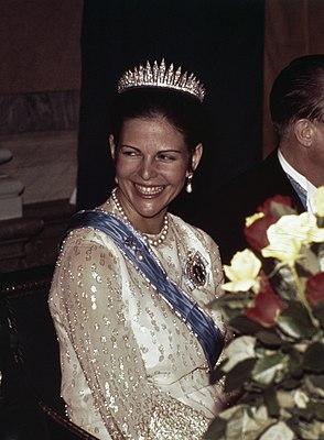 Toppbetyg till kungafamiljens festblasor