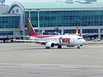 T'way 737-800 HL8056 at ICN (28449302365).jpg