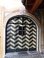 Tarasp Fontana Eingangstür.jpg