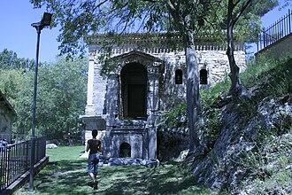 Clitunno - Temple of Clitumnus
