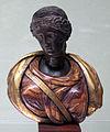 Testa femminile con diadema, I-II sec, su busto moderno in legno dipinto.JPG