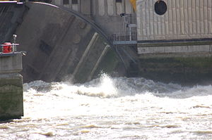 Thames Barrier - Image: Thames Barrier Gate Closing