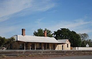 The Rock railway station railway station