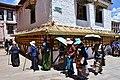 The Barkhor, Lhasa (64) (42939113074).jpg