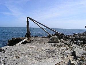 Durdle Pier - Durdle Pier Crane