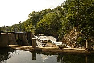 Mine Falls Park - Mine Falls dam next to the Mine Falls Gatehouse