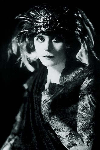 The Blue Flame (play) - Theda Bara as Ruth Gordon
