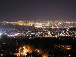 Night view of central Thessaloniki from Panorama.